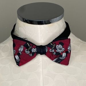 Vintage Mickey Mouse Silk Clip-on Bowtie
